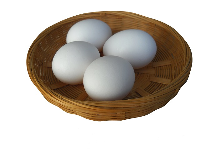 image of eggs in basket